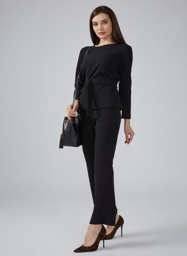 Gusto Kadın Mürdüm Beli Simli Lastikli Geniş Paça Pantolon 20KG009130 Siyah